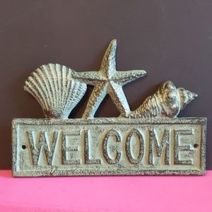 Metal Welcome Beach Sign